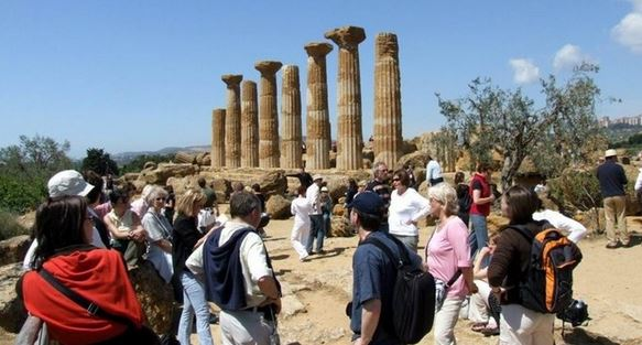 "Valle dei Templi: nasce ""Info & Reservation Point"" dell'Associazione B&B Agrigento"