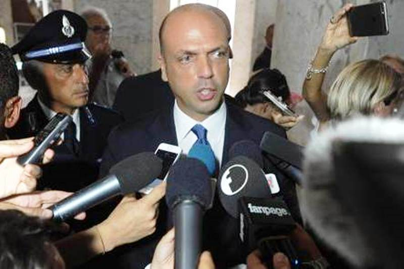 "Alfano replica a quotidiano: ""Mai inaugurato ristorante sequestrato, notizia falsa"""