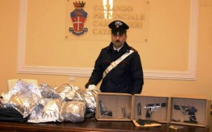 Droga e armi sequestrate a Catania