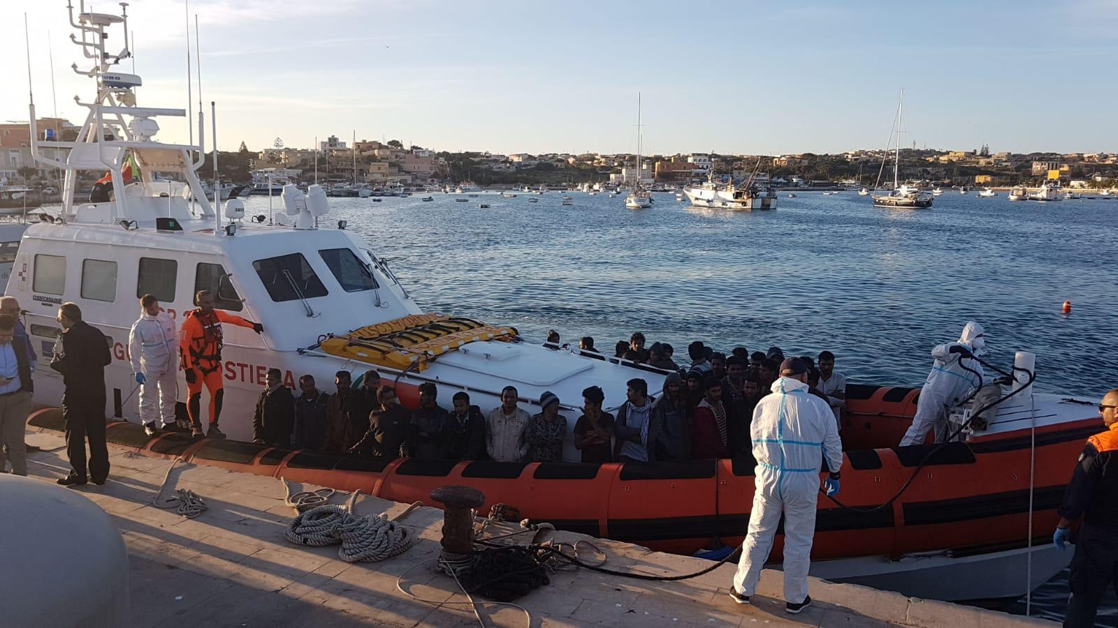 Migranti: atti su sequestro Jonio in ritardo in Procura, domani decisione Pm