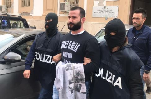 Fuggito a due blitz antimafia, arrestato giovane latitante (video)